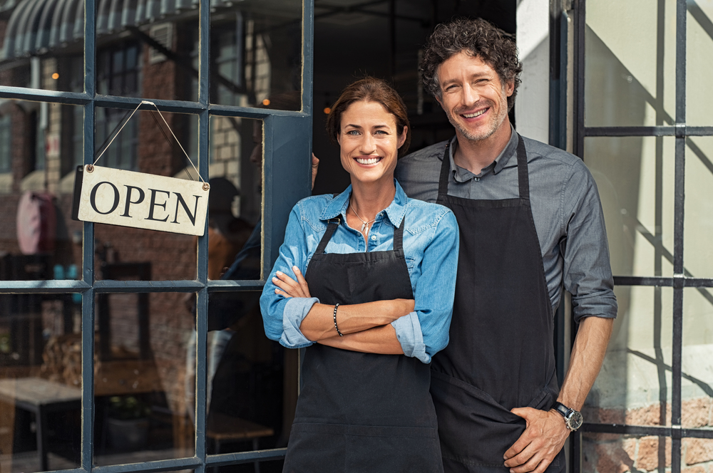 small business owners couple DUENGKX 2 1